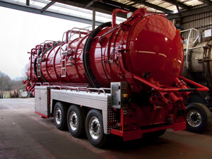 WHALE RESURFACES AT CV SHOW WITH SPECIAL HAZARDOUS WASTE TANKER FOR TAYLORS INDUSTRIAL SERVICES